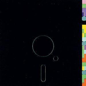 1983, NEW ORDER nous offre, non pas une chanson, mais un hymne pour certains de ma génération : BLUE MONDAY. 2015 faisons un bond dans le rétrofuturisme avec cette étonnante réinterprétation steampunkeste d'ORKESTRA OBSOLETE au son du theremine, scie...