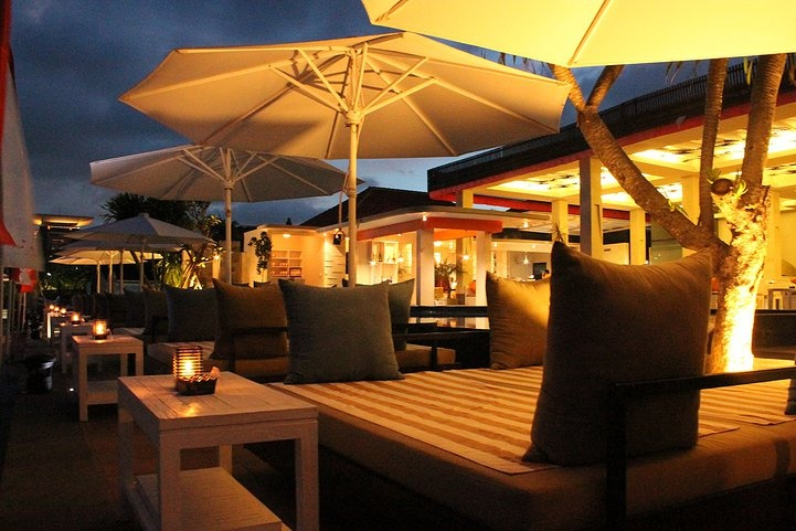 The Whacko Beach Club is the best beach club in Tanjung Benoa. They have a delicious cuisine and a amazing ocean view! This club is located in Tanjung Benoa, Bali    http://travelling-bali.com