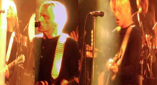 http://www.sandiegoreader.com/news/2015/oct/16/concert-paul-weller-modernist-capital-m/  Live review of Paul Weller in San Diego I wrote for the Reader. #paulweller #saturnspattern  #sandiego #mod #thejam #robertduffy