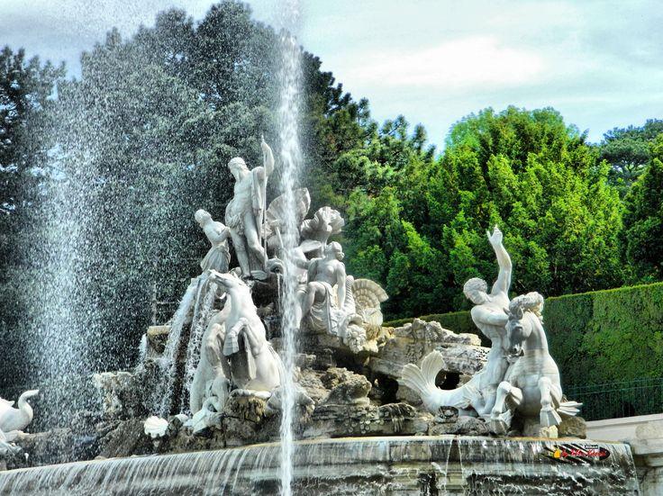 Wien, Schönbrunn Palace Garden, Nikon Coolpix L310, 23.2mm, 1/500s, ISO200, f/4.7, +1.0ev HDR-Art photography, 201605211529
