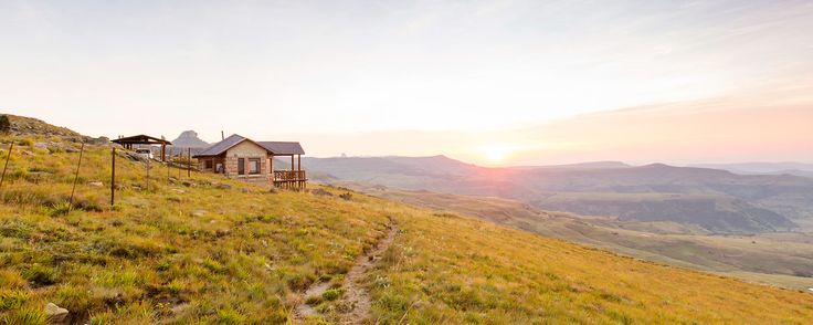 Ever wanted to get so far away that nobody can find you? We scoured the country for these gorgeous mountain cabins that guarantee ultimate solitude, serenity and sublime beauty. Plus, they're all near great hiking trails too.