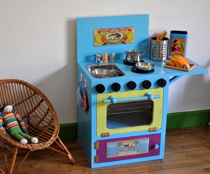 les 19 meilleures images du tableau cuisine bois enfant sur pinterest cuisines enfant cuisine. Black Bedroom Furniture Sets. Home Design Ideas