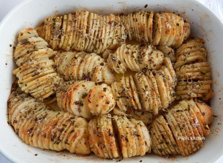 Pepi's  kitchen: Πατάτες φούρνου σε ροδέλες