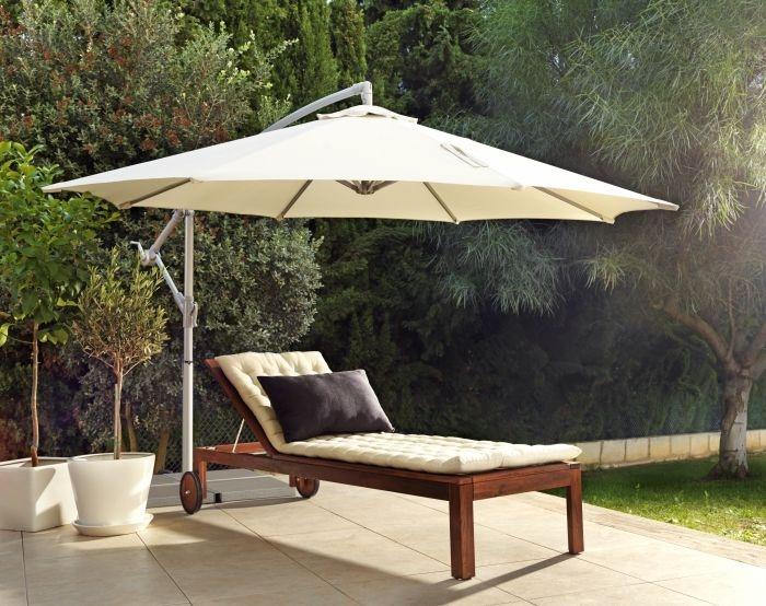 Simte-te ca ȋn vacanță ȋn grădina de acasă. Șezlongul APPLARO are spătarul reglabil ȋn 5 poziții, ca să te poți relaxa după pofta inimii.