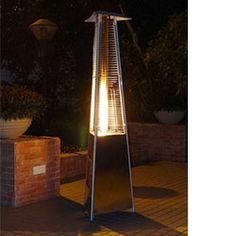 Donnez chaleur et style à votre terrasse ! Le chauffage d'extérieur Flamme Acier se distingue autant par la forme de sa structure en aluminium gris que par sa flamme dans un tube en verre et il résiste autant au vent qu'à la pluie. A découvrir sur www.oogarden.com