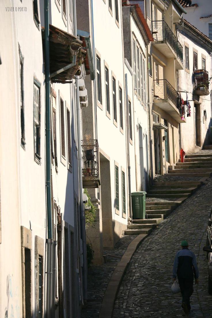 A Costa de acesso ao Castelo de Bragança pelo olhar do blog Viver o Porto