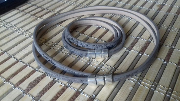 Necklace & bracelet
