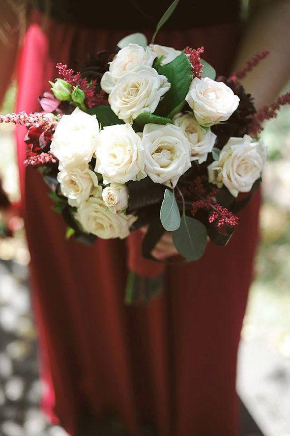 Buchet de Mireasa. Dalii grena. Mini trandafiri by JuliasRoseShop