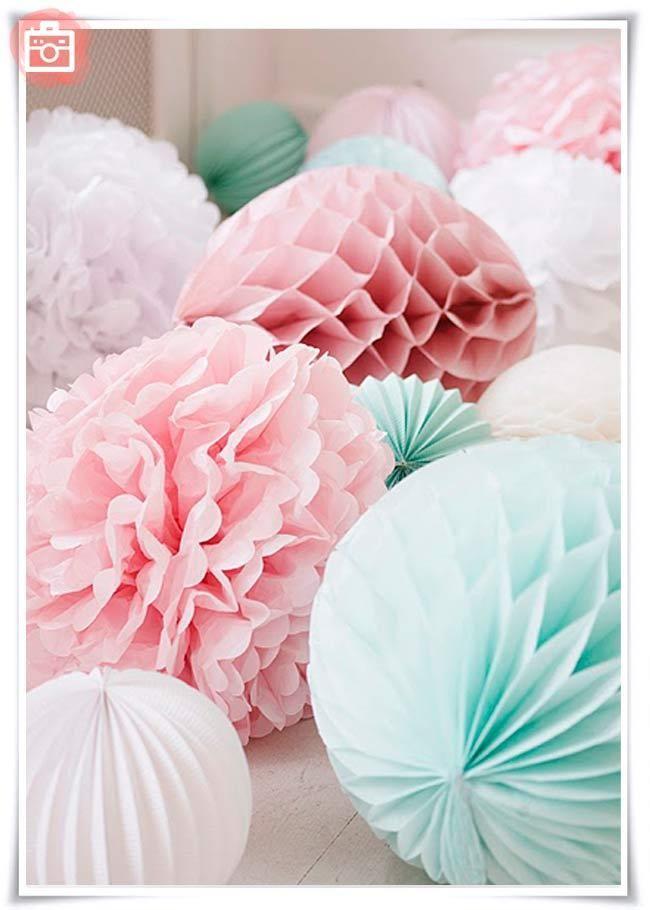 Foto del día: Pompones de papel de seda