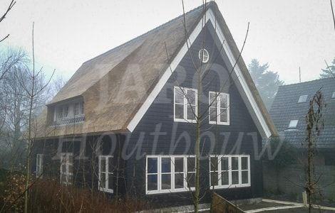 Meer dan 1000 afbeeldingen over houten huis houten woning bouwen op pinterest - Meer mooie houten huizen ...