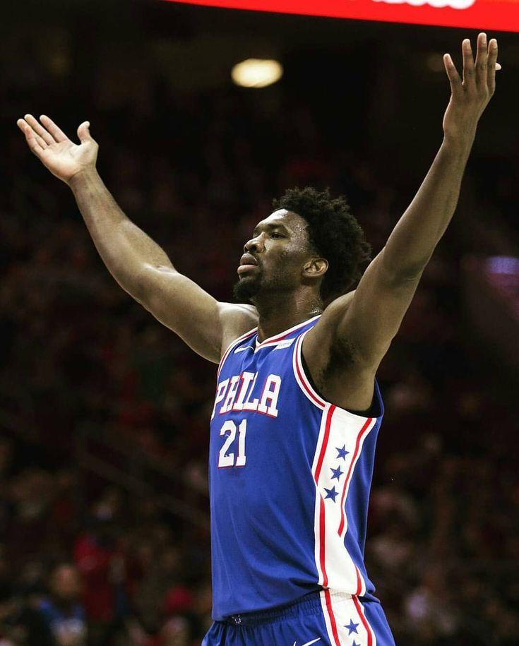 """Lou Williams sobre quién es el mejor 'trash-talker' de la NBA: """"Probablemente ahora mismo el mejor sea Joel Embiid. Lo hace tan bien porque lo disfruta lo hace divertido. Para vosotros Quién es el mejor trash-talker de la Liga?   #NBA #Basket #Basketball #Embiid #JoelEmbiid #Sixers #76ers #Philadelphia #TrustTheProccess #Dunk #Crossover #Slam #BallisLife #InfoDeNBA"""