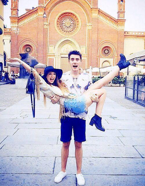 Zoe Sugg and Alfie Deyes❤