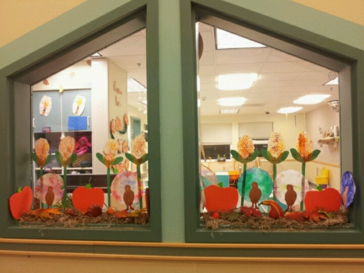 Window Decoration Ideas For Classroom : Pin by julie schaeper bonar on fall classroom decorations