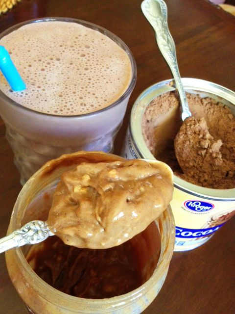 choco peanut butter protein shake: Butter Protein, Ice Cubes, Chocolates Peanut, Protein Shakes, Coconut Milk, Chocolates Protein, Chocolates Almonds Milk, Peanut Butter, Muffins Topless