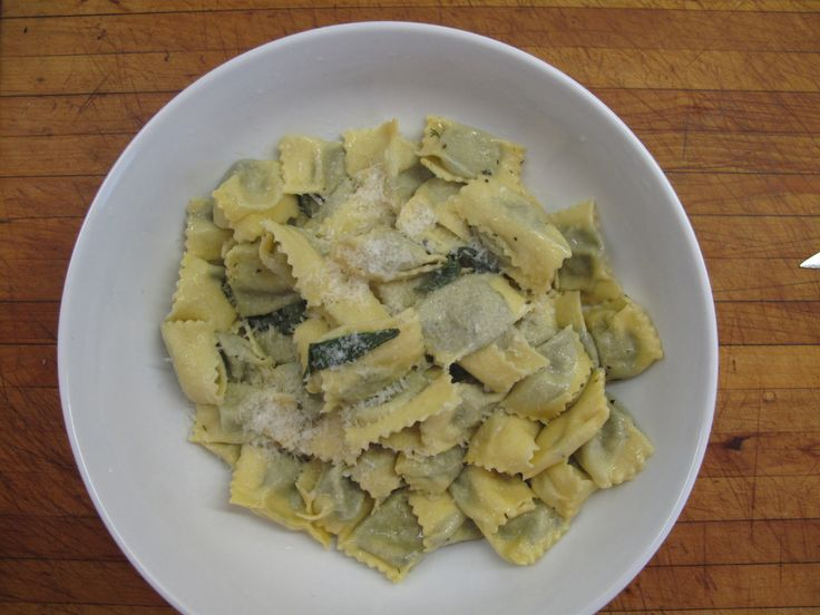 17 best ideas about ravioli del plin on pinterest pasta per ravioli ravioli di ricotta and. Black Bedroom Furniture Sets. Home Design Ideas