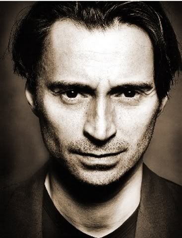 "Robert Carlyle, ""Rumplestilskin"" from ""Once Upon a Time"". Fantastic actor."