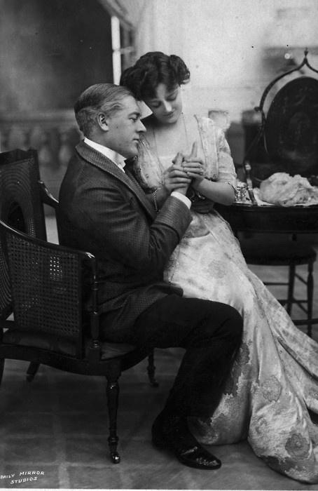 Edwardian Era; Arts and Crafts Era - husband and wife; clothing