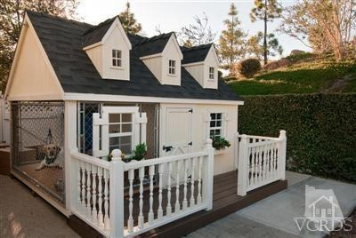 For the sophisticated canines,  Victorian dog house