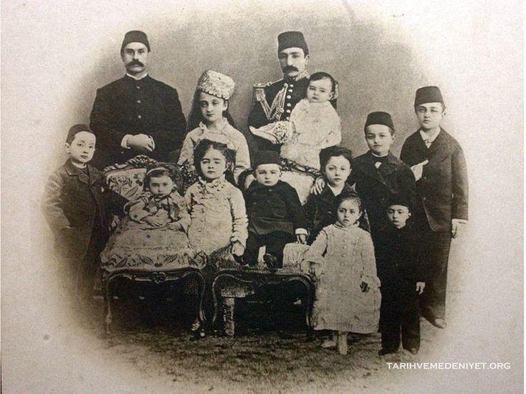 sultan-abdulaziz-ve-sultan-ii-abdulhamidin-cocuklari