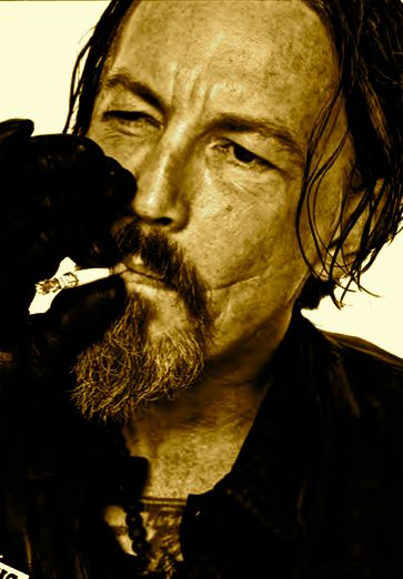 Tommy Flanagan aka Chibbs. Love him and his scars :)