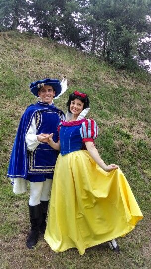 Snow White Blanche Neige The Prince Le Prince Auberge De