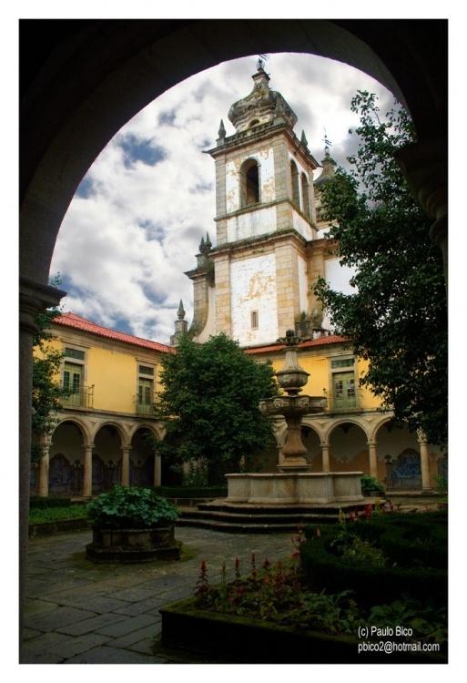 Jardins do Mosteiro de Tibães - Braga | Fotografia de Paulo Bico www.avesdeportuga... | Olhares.com