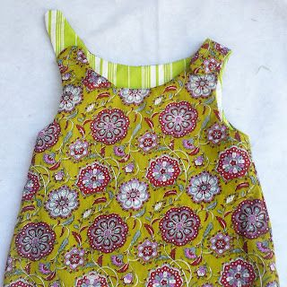 reversable a-line baby/toddler dress tutorial. Looks very easy! http://bloomsnbugs.blogspot.com/2011/08/sew-easy-part-6-reversible-zen-dress.html