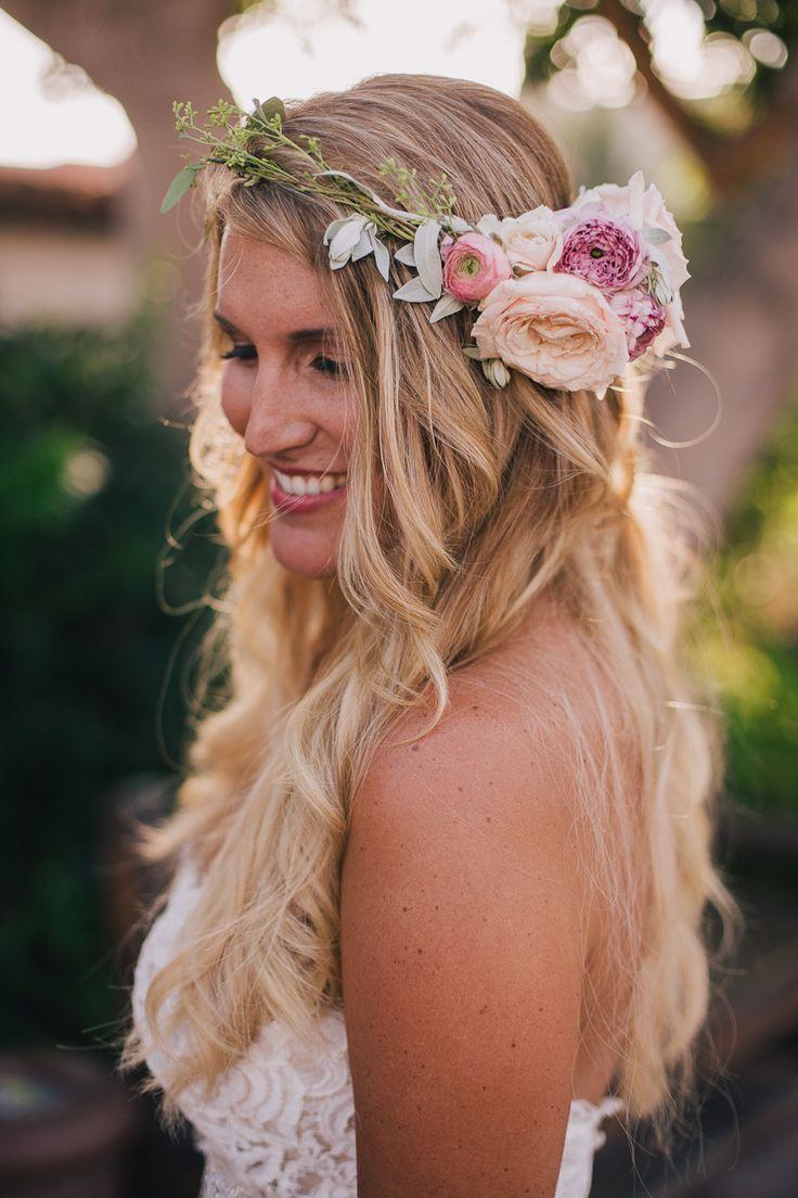 hair styles with flowers beachy bohemian inspired wedding from stonelake 9649