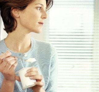 Arany tej, ami enyhíti a gerincfájdalmaidat! Pofon egyszerű elkészíteni - Megelőzés - Test és Lélek - www.kiskegyed.hu