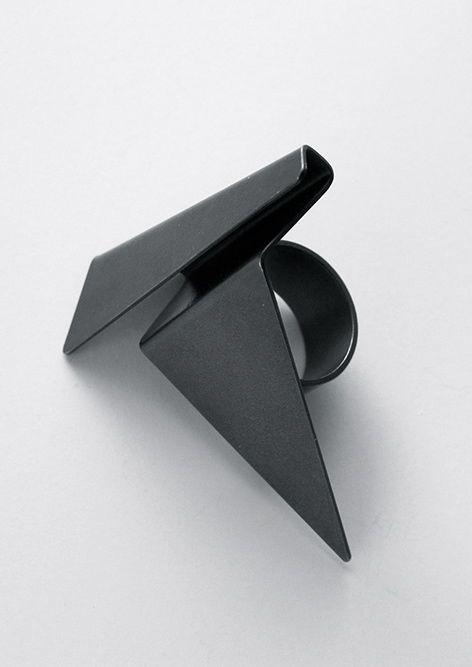Folded Metal Ring - modern geometric jewellery; bold statement jewelry // Fritz Maierhofer