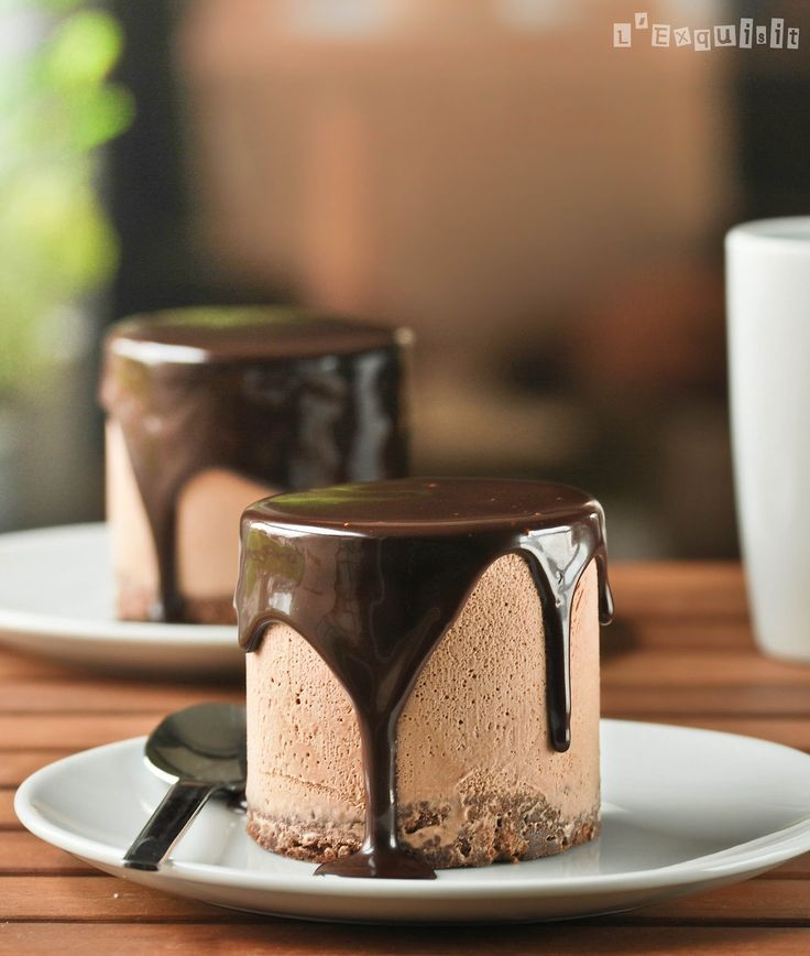 Mini Triple Chocolate Mousse Cakes by blogexquisite #Cake #Chocolate_Mousse
