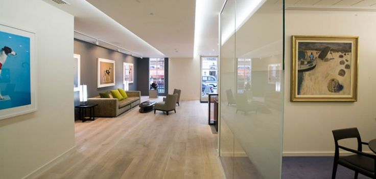 Chic office design for maintaining ideas luxury office for Manager office design ideas