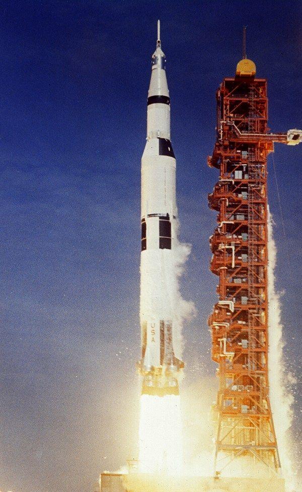apollo outer space - photo #34
