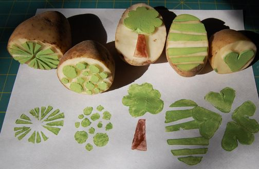 Potato printing... oh, how well I remember this from toddlerhood! ;)