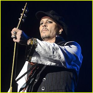 """Johnny Depp 'Smiled A Lot,' Seemed 'Really Happy' During Latest Concert Johnny Depp 'Smiled A Lot,' Seemed 'Really Happy' During Latest Concert Johnny Depp and his band the Hollywood Vampires hit the stage together for a concert on Monday (June 6) in Bucharest, Romania. The 52-year-old actor has been on tour since his ex Amber Heard accused him of domestic violence. """"Johnny was so in his element,"""" a source told People about Johnny's demeanor. """"His backing vocals were good. And he was interac"""