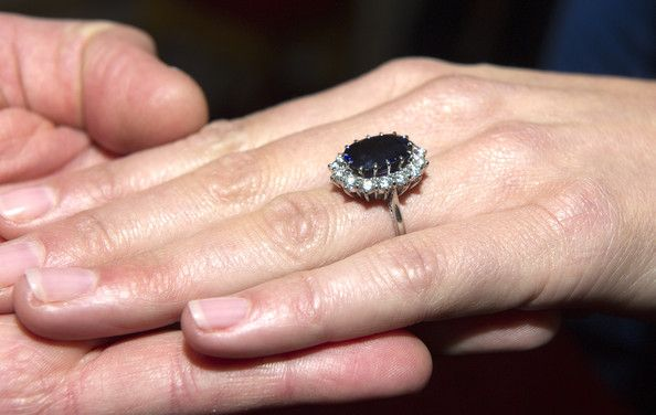 Kate Middleton Pictures - Kate Middleton's Engagement Ring - Zimbio