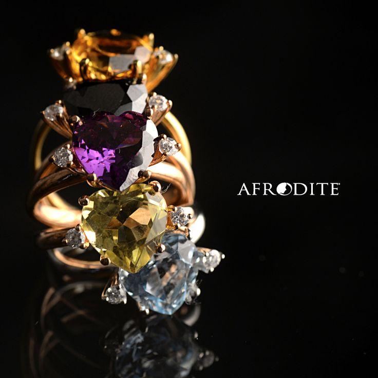 Anelli con preziosi cuori e diamanti  www.cpgioielli.it - www.afroditegioielli.eu #cuore #anello #oro #gioielli