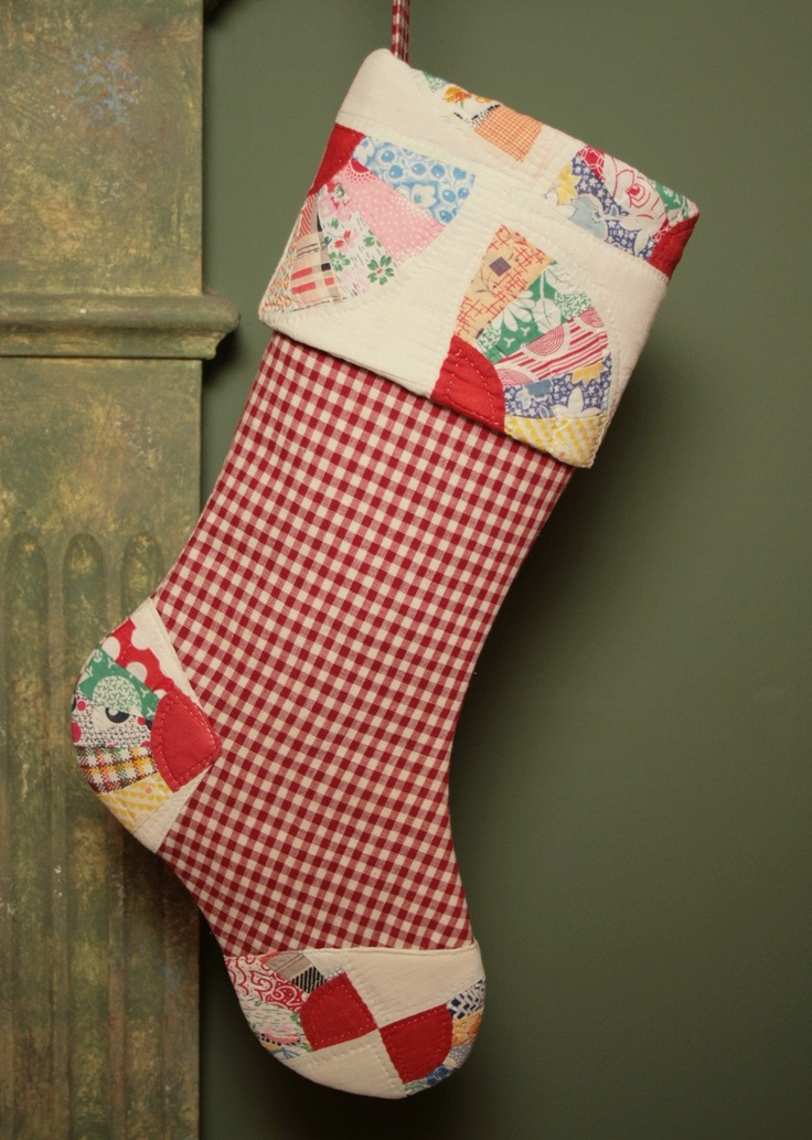 Free Quilt Pattern For Christmas Stocking : 17 Best images about Sew, a needle pulling thread on Pinterest Free sewing, Sewing patterns ...