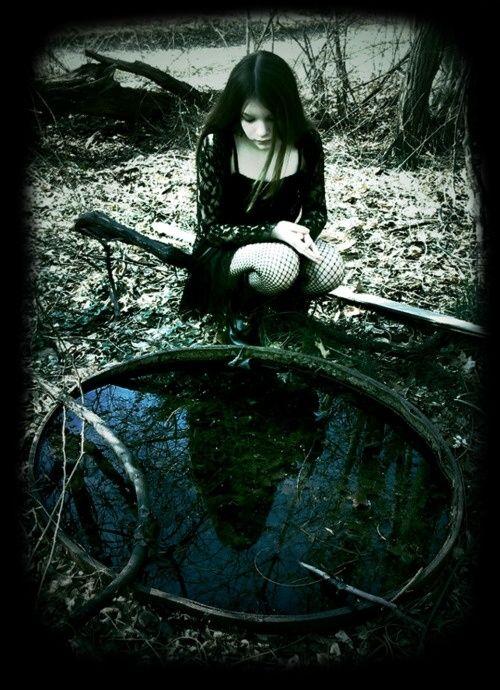 La mort et la beauté sont deux choses profondes §§§