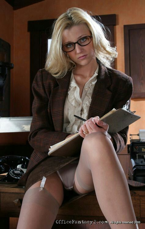 secretaries office lady