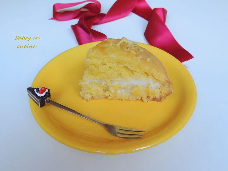 Torta soffice al limone farcita