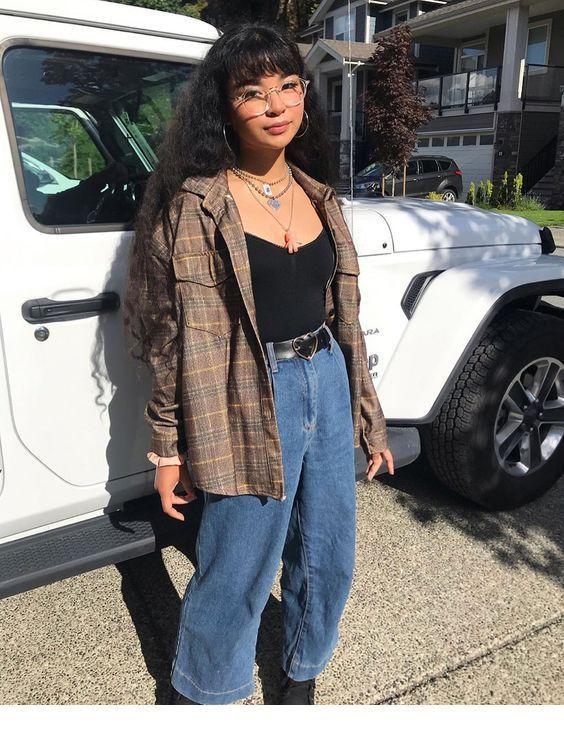 Shirt and black top | Inspiring ladies