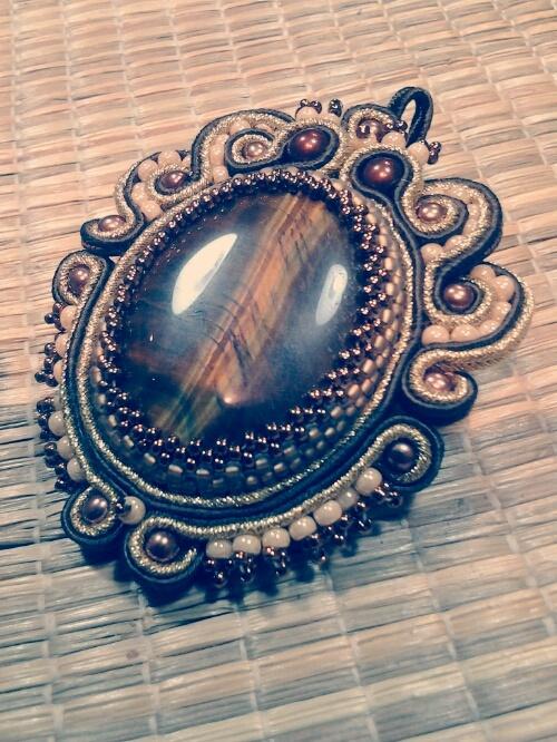 Tiger eye with filigree shaped soutache embellishment
