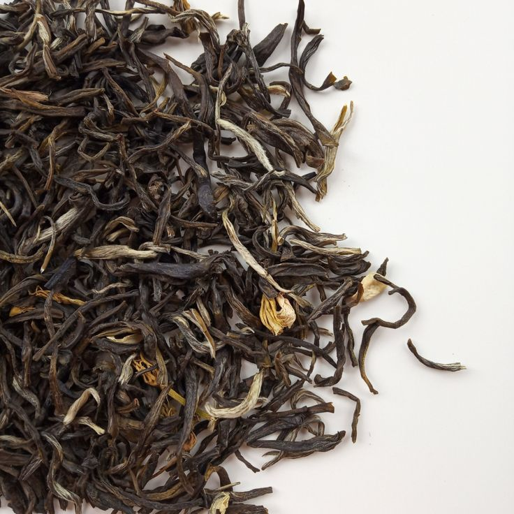 A classic green tea from south China scented with fresh
