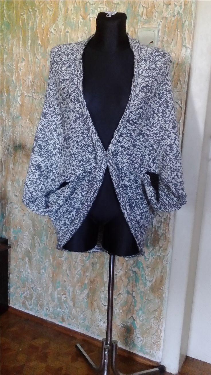 sweterek ''cocon'' autorstwa Anna Borowczyk