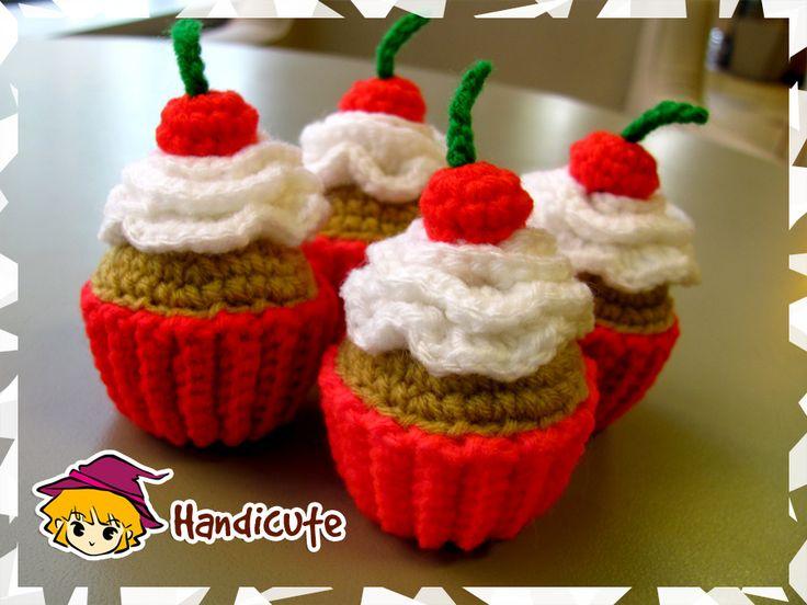 Cupcake Amigurumi by imuya.deviantart.com on @deviantART