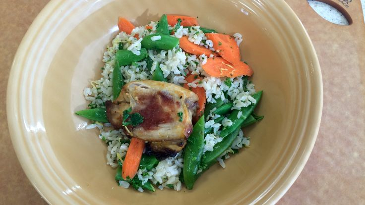 Chef Lauren Cameron shares her recipe for sweet 'n' spicy chicken with snap pea and carrot brown rice. Click on the link for the recipe http://atlantic.ctvnews.ca/sweet-n-spicy-chicken-with-snap-pea-carrot-brown-rice-1.2850048