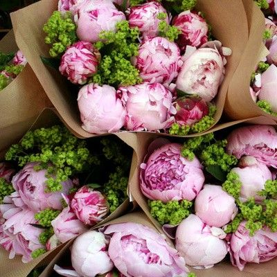 I love peonies. My favorite.