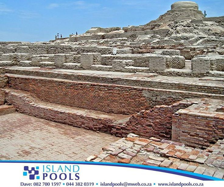 #ThrowbackThursday: In the 3rd Century BCE, the Great Bath at Mohenjo-Daro was built. It was constructed of finely fitted bricks laid on edge with gypsum plaster. A thick layer of natural tar was added along the bottom and sides of the pool as well to make it more water tight. #IslandPools
