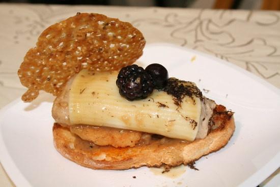 Cylinder lamb confit with black truffle | Cilindro de cordero confitado con trufa negra